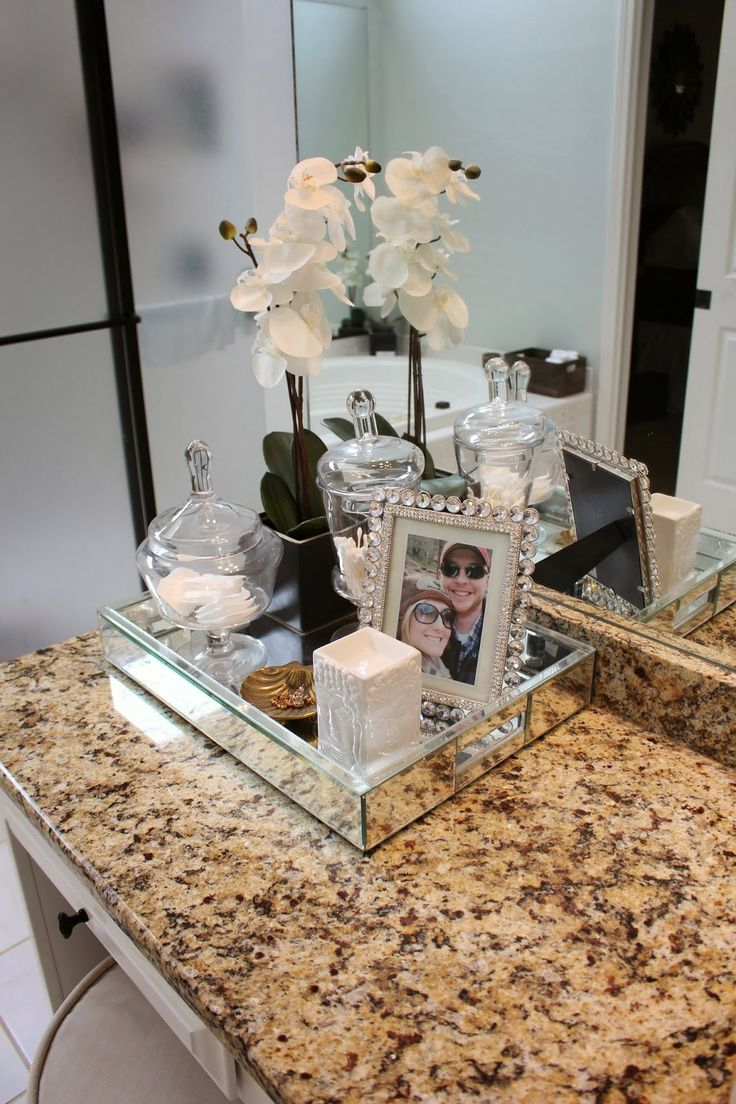 Decorating Your Bathroom With Crystal Pots Becoration