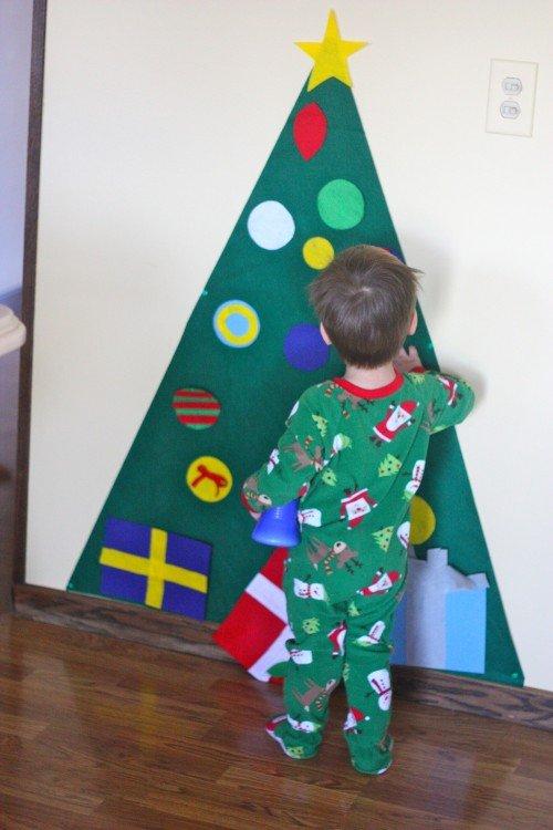 Christmas tree made with felt