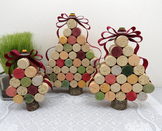 Christmas tree made with wine corks – becoration