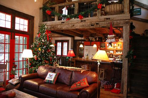 Red And Wood Christmas Living Room. Source: Pinterest
