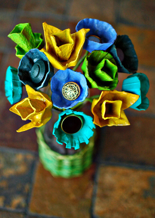 bouquet with egg carton