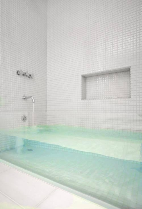 transparent bath
