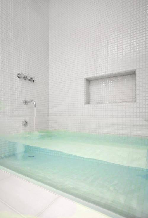 transparent bath