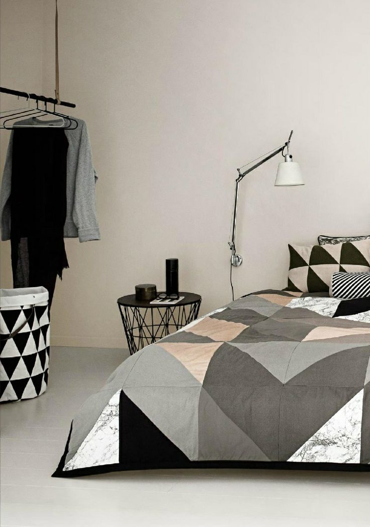 Geometric bed sheets