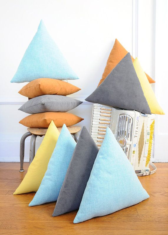 Geometric cushion 2