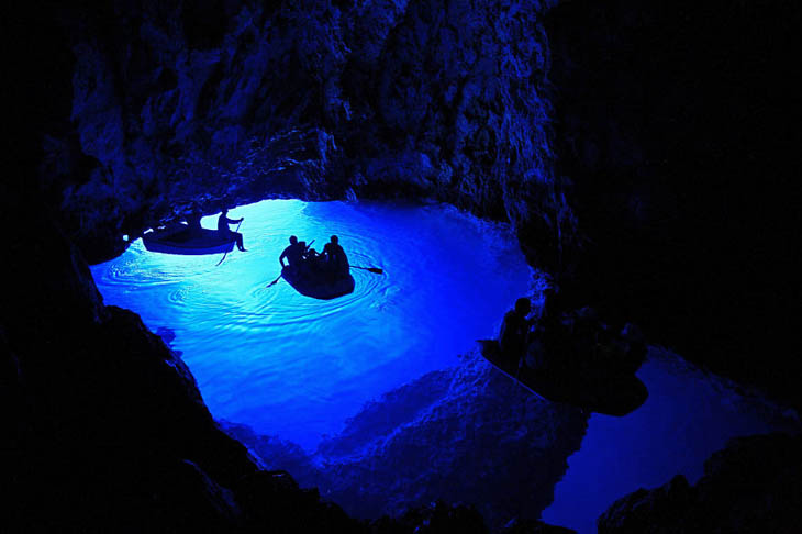 amazing_caves_natural_decoration_3