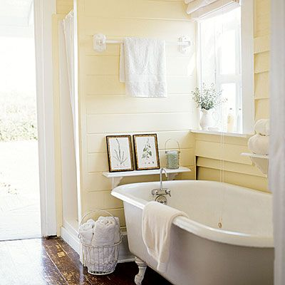 yellow bathroom 2