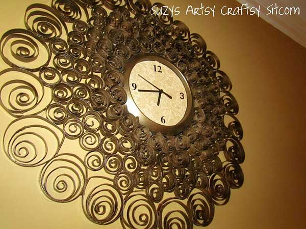 http://suzyssitcom.com/2011/09/feature-friday-faux-brass-wall-clock.html