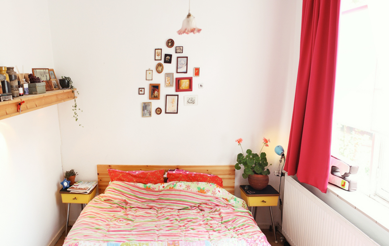 19 diy for small bedrooms taking decor inspiration from har