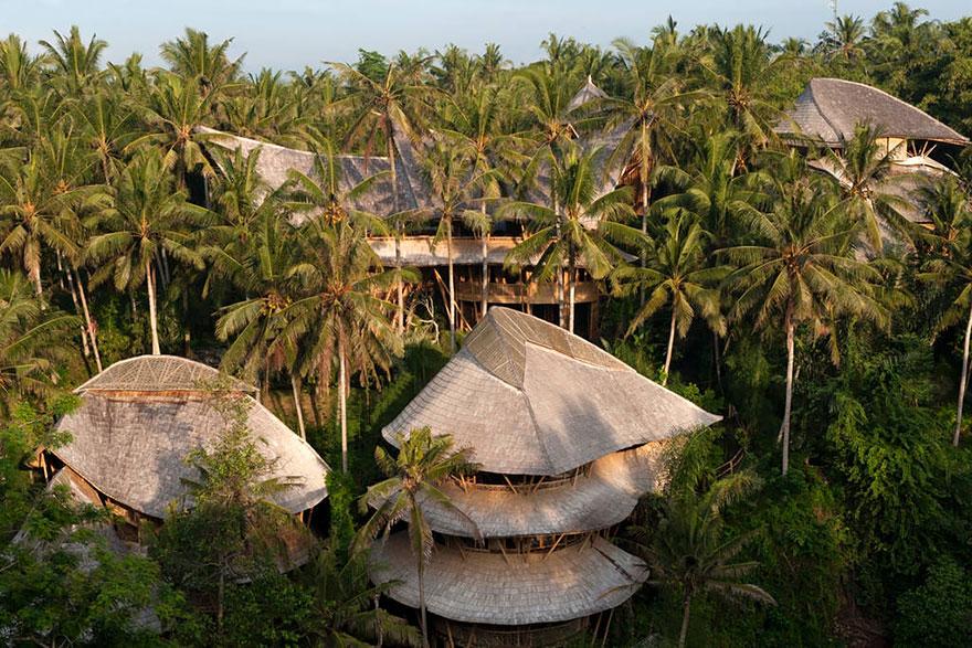 bamboo-house4