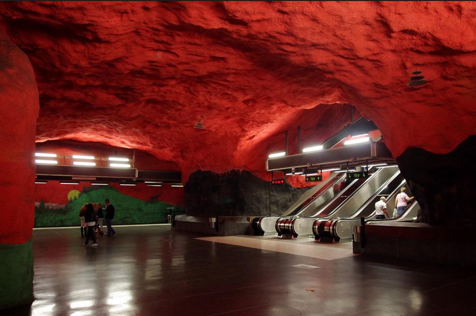 underground-station-13