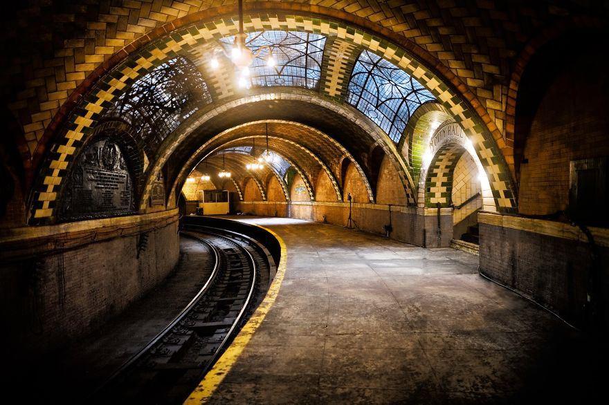 underground-station-5