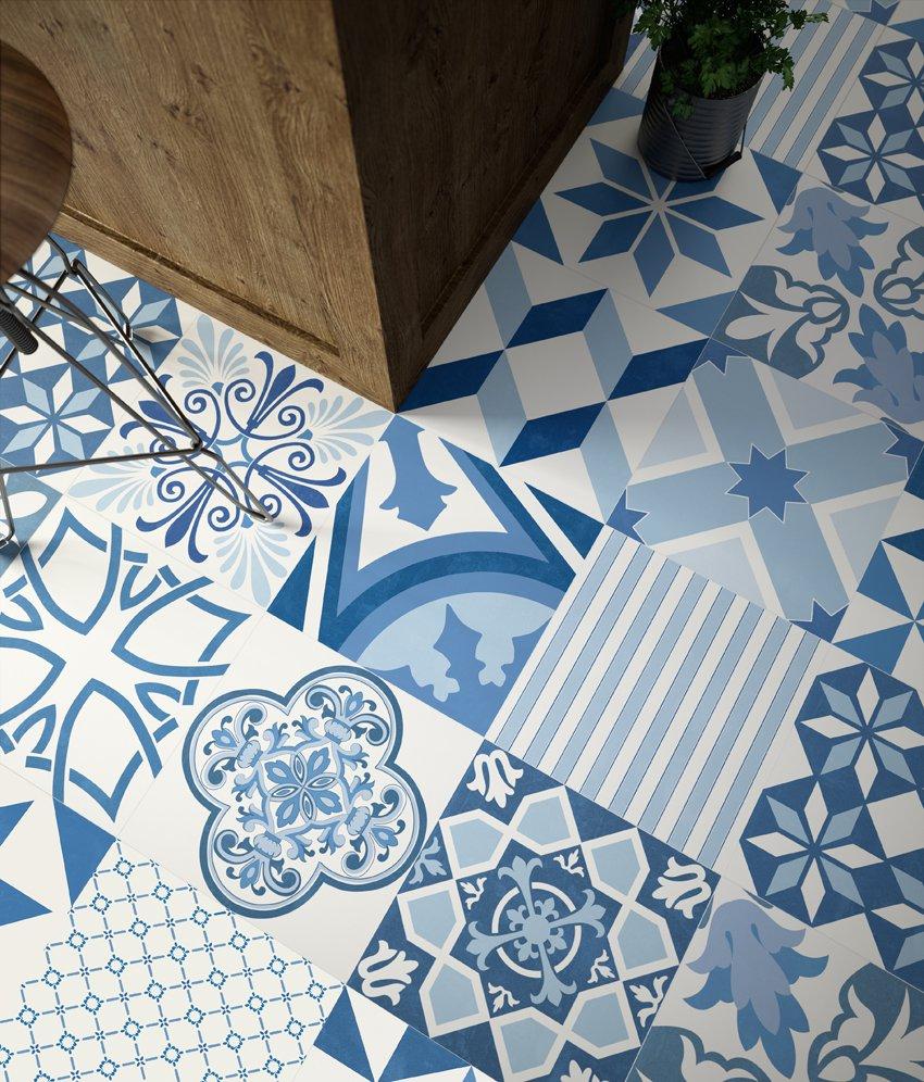 white-blue-tiles6