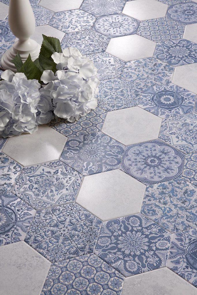 white-blue-tiles7
