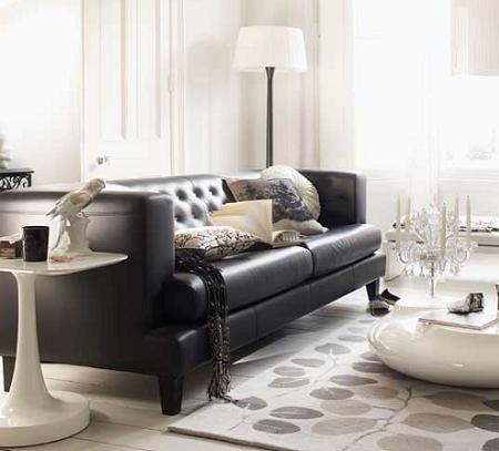 black-white-livingroom