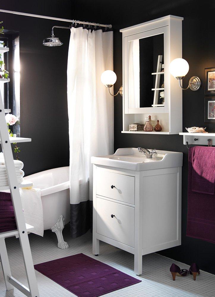 8-keys-small-bathroom-decor4