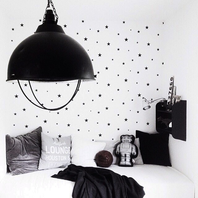 black-white-kids-room