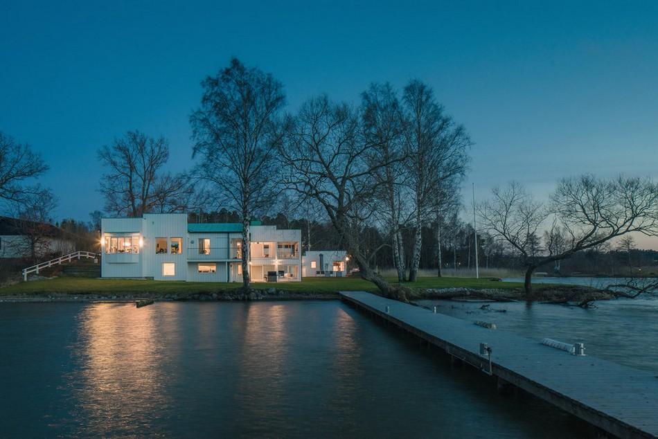 modern-house-peninsula-sweden