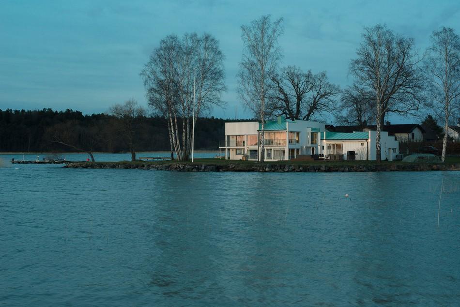 modern-house-peninsula-sweden1