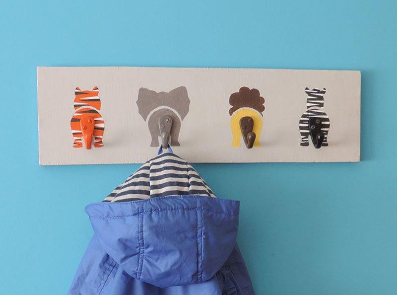 Wall-coat-hanger-for-kids12