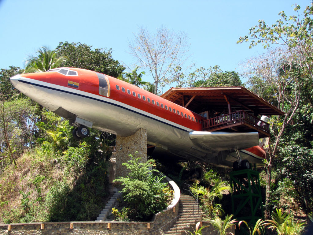 airplanes-transformed-into-hotels-hotelcostaverde