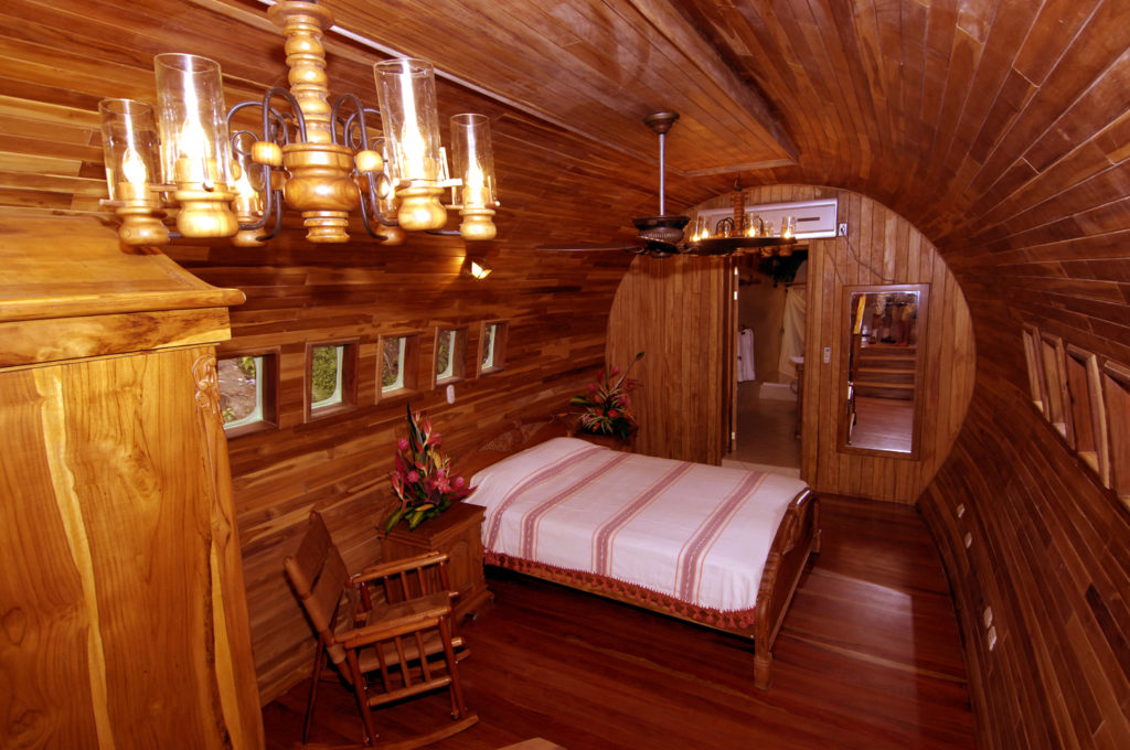 airplanes-transformed-into-hotels-hotelcostaverde4