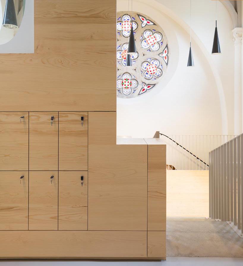 chapel6
